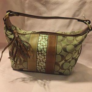 Small Coach bag.